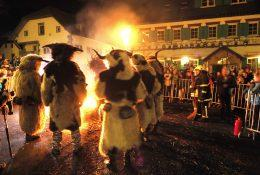 Fire spectacle - The Hike of the Parkeljni (Krampus)